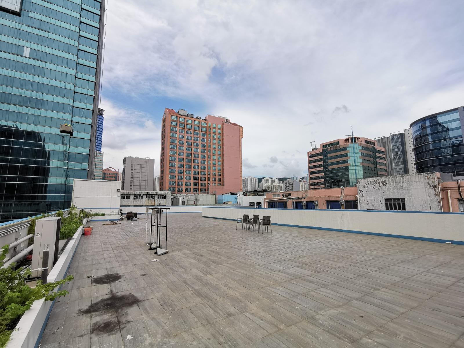都市農莊興起 特式工廈獲追捧 觀塘金凱工業大廈天台招租 意向呎租僅5元
